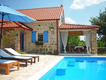 Oklaj - Maison de vacances MateAna