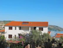 Trogir - Apartamenty Appartementhaus Jakas (TGR134)