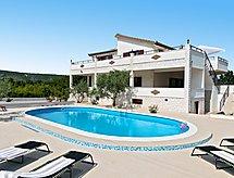 Trogir - Holiday House Vinea