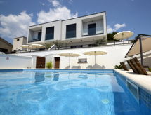 Trogir/Okrug Gornji - Vakantiehuis Villa Lola 2