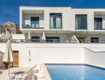 Trogir/Okrug Gornji - Vacation House Villa Meri 2