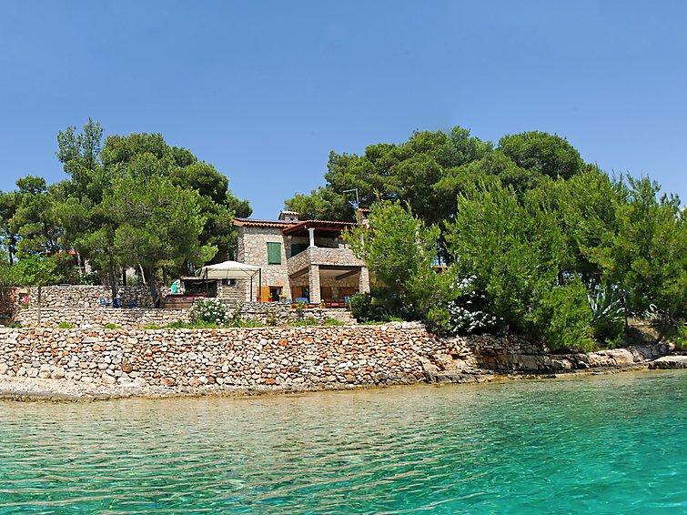 Apartamento de vacaciones Villa Marino con piscina climatizada y wlan