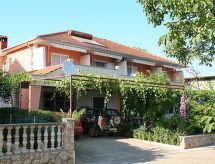Hvar/Kalober - Appartement Haus Dobrila (HVR210)