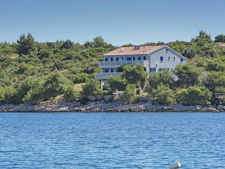 Apartment Sunset Villa Hvar in Hvar/Kalober HR5401 800 3   Interhome