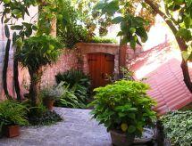 House Magnolia