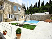 Villa Oasis Cypress con internet und piscina