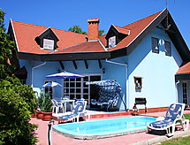 Balaton021 med have og terrasse