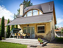 Siofok/Zamardi - Holiday House Balaton H2039