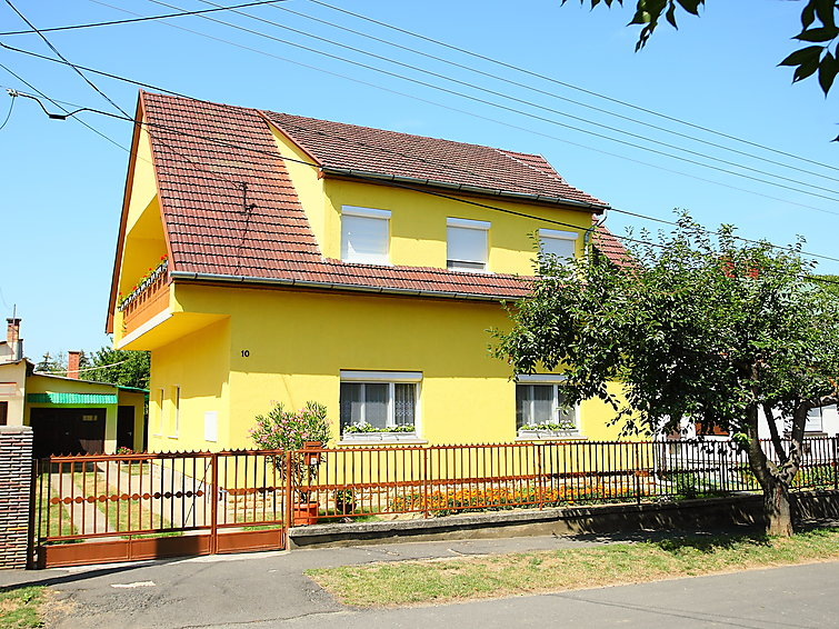 Ferienwohnung Balaton A2011 mit Pool und Ofen