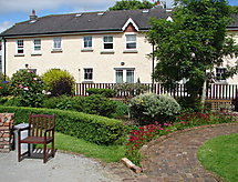 Lusk - Dom wakacyjny Courtyard Cottages