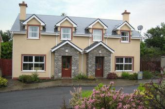 Kilkenny (Region) to Kenmare - 3 ways to travel via train, bus
