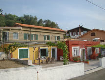 Imperia - Vakantiehuis Dimore di Chiara