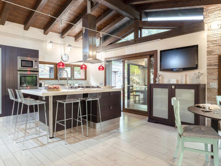 Villa Monterosso (IMP420) - 1