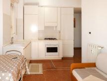 Casa Bijoux (BSO110)