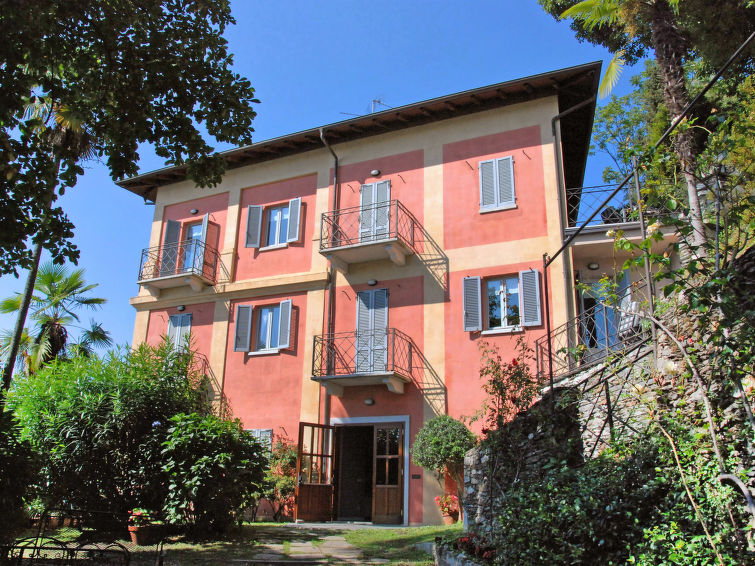 Self catered apartment residence casa sul lago it2105 for Casa lago apartments
