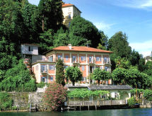 Casa sul lago con parcheggio und solarium