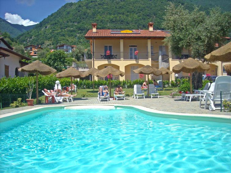Ossuccio accommodation villas for rent in Ossuccio apartments to rent in Ossuccio holiday homes to rent in Ossuccio