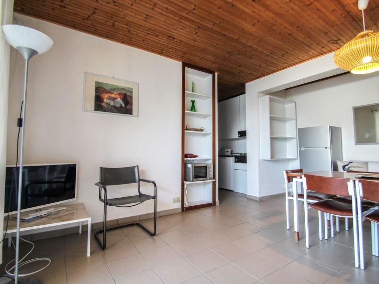 Pognana Lario accommodation villas for rent in Pognana Lario apartments to rent in Pognana Lario holiday homes to rent in Pognana Lario