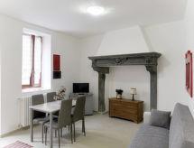 Casa in Corte (VIV205)