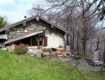 Pianello Lario - Vakantiehuis Casa Baita (PLL450)