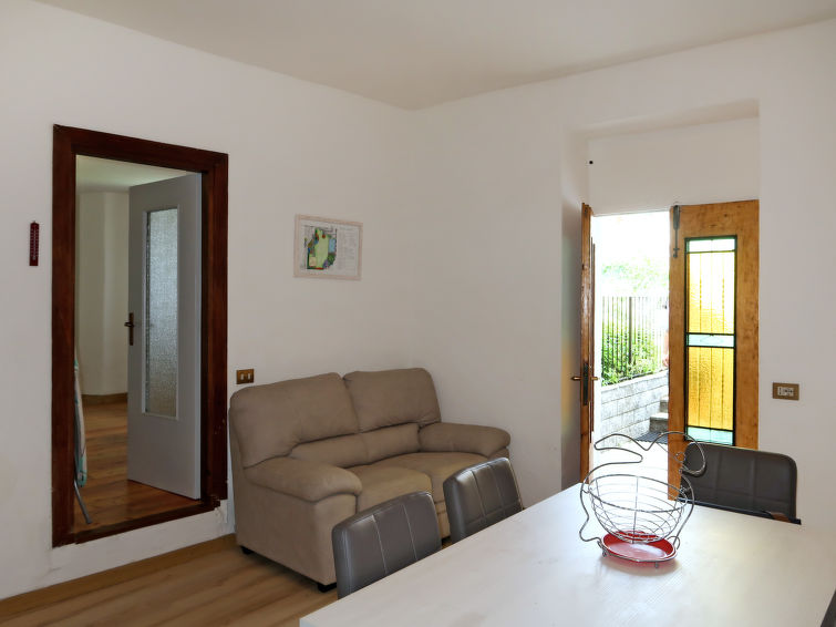 Domaso accommodation villas for rent in Domaso apartments to rent in Domaso holiday homes to rent in Domaso