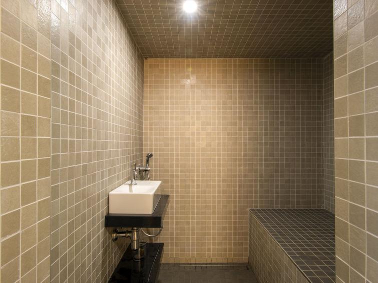 Lacum Lux Resort (VNA207) - 1