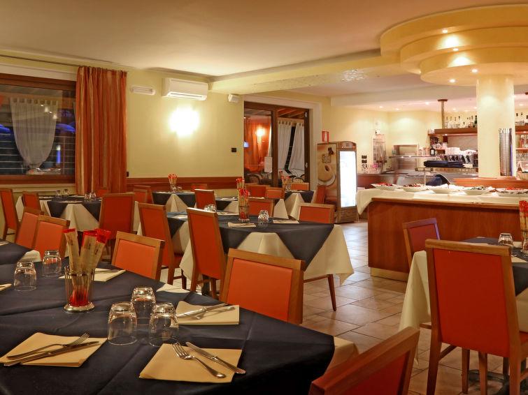 Onda Blu (MAN120) Holiday resort in Manerba