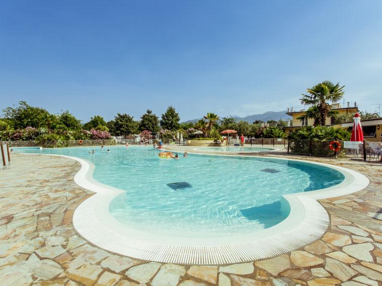 Rosa Holiday resort in Manerba