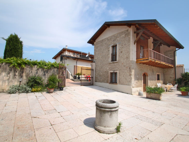 Holiday Apartment Colombaro