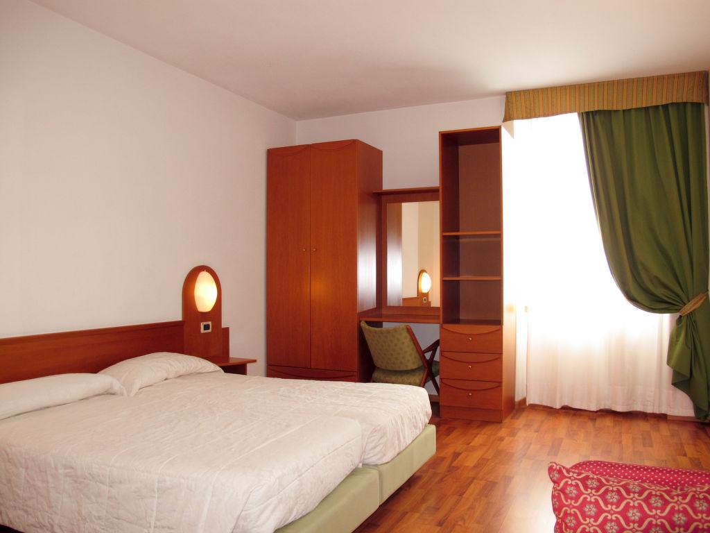 Ferienwohnung Englo Vacanze (RDG121) Ferienwohnung  Riva del Garda