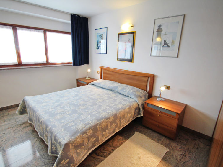 3 rooms apartment Brenzone (4p) at 300 meter from Lake Garda, Italy (I-748)
