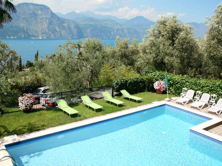 Brenzone accommodation villas for rent in Brenzone apartments to rent in Brenzone holiday homes to rent in Brenzone