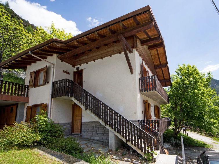 Apartamento de vacaciones Barasc cercana zona de esquí y para barbacoa