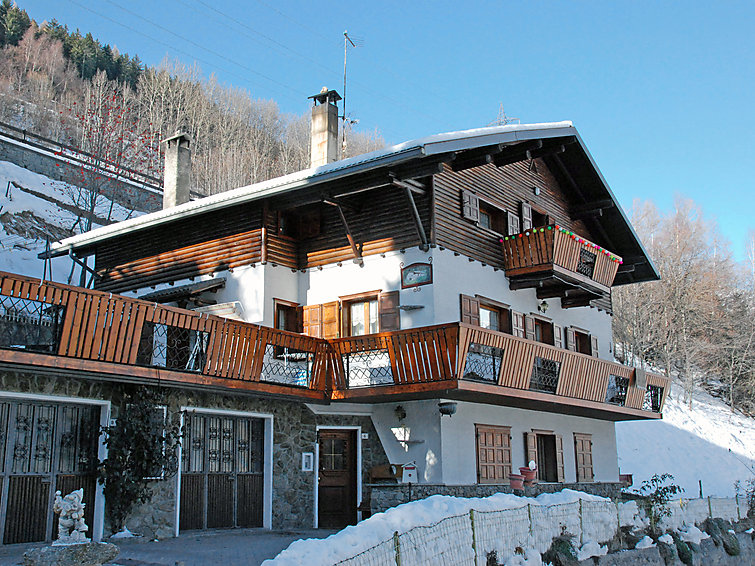 Santa Lucia Apartment in Bormio