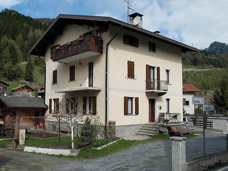 Slide1 - Casa Trabuk