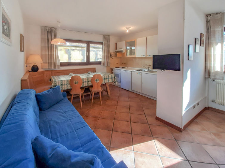 Roacia Apartment in Canazei