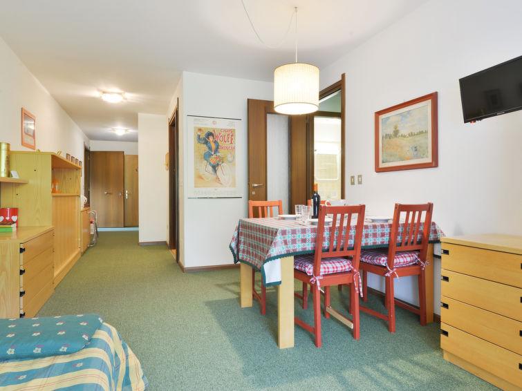 Enrosadira Apartment in Canazei
