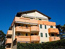 Residence Kenzia mosógéppel és tv-vel