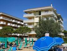 Residence Diplomatic mit Parkplatz und Balkon