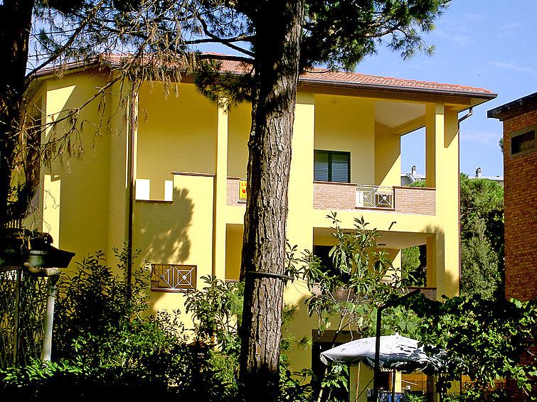 Apartment le terrazze lido di spina j2ski - Bagno le piramidi lido di spina ...