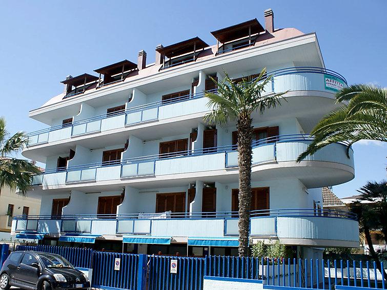 Appartamento Il Cielo a San Benedetto del Tronto, Italia IT4790 ...