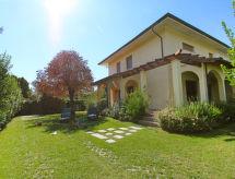 Villa Gino med have og ovn