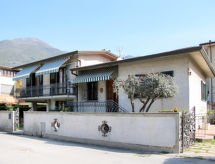 Camaiore - Vakantiehuis La Casa di Lidia (CMA125)