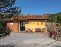 Pescia - Vacation House Al Melo