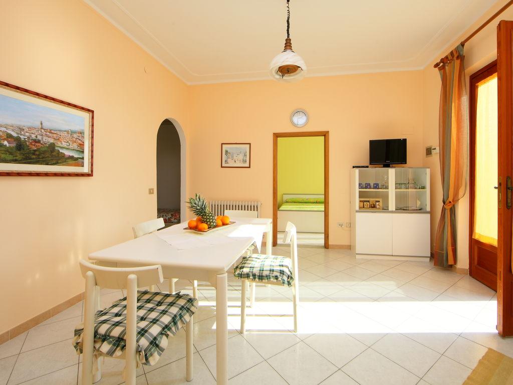 ferienwohnung serravalle pistoiese 4 personen italien. Black Bedroom Furniture Sets. Home Design Ideas