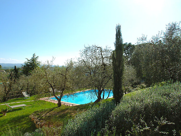 Fiammetta (6p) with private swimming pool and WiFi in Tuscany, Italy (I-782)