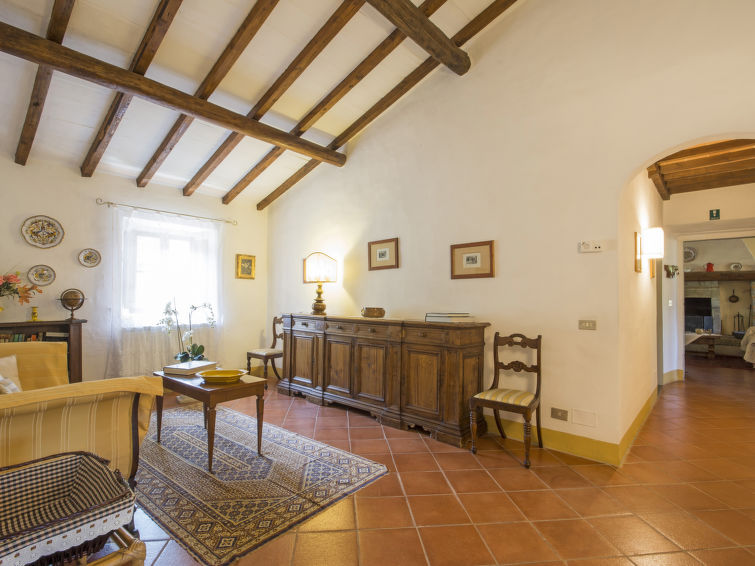 Detached holiday villa ll Borgo di Gugena (8p) with swimmingpool and wifi in the naturepark Foreste Casentinesi Tuscany Italy (I-709)