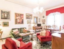Appartamento La Torretta mit Fernseher und Internet