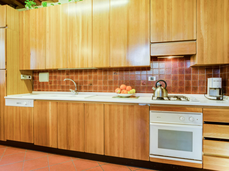 Semi detached accommodation ll Colombaino (9p) nearby the center of Firenze in Italy (I-716)