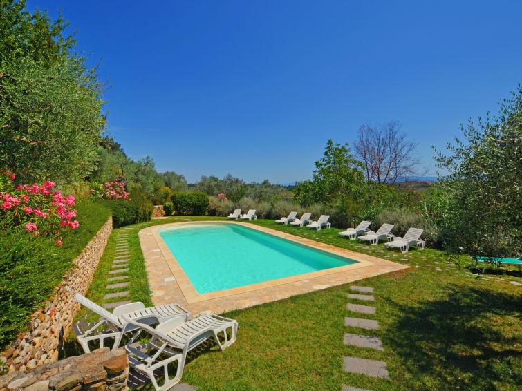 Panorama uitzicht vanuit vakantie villa Casa delle Fiabe (12p) met prive zwembad in Toscane, Italie (I-712)